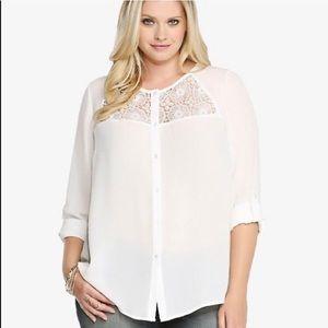 [Torrid] White Crochet Inset Long Sleeve Blouse